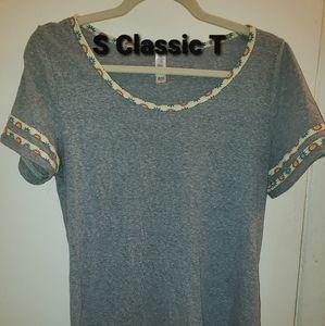 Lularoe Small Classic T